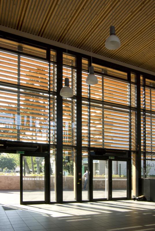 Groupe scolaire antoine de saint exupery annemasse for Architecte annemasse