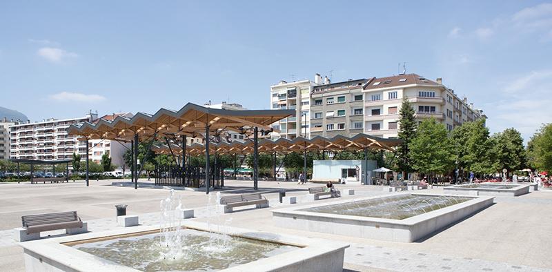 Amenagement de la place de la liberation annemasse for Architecte annemasse