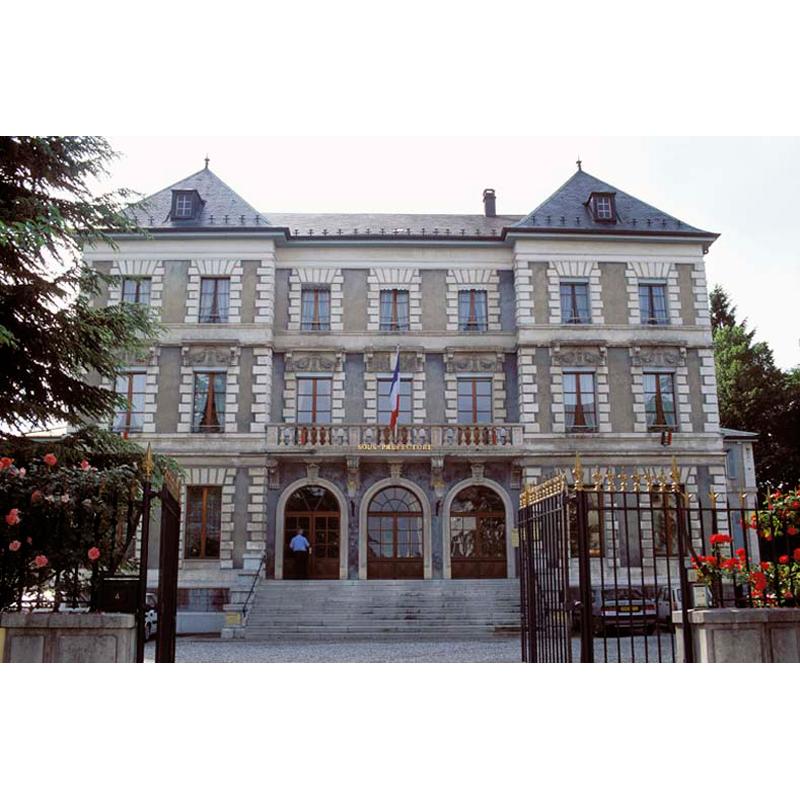 L 39 hotel de ville et la sous prefecture saint julien en genevois caue haute savoie - Garage st julien en genevois ...
