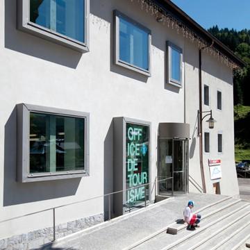 Rehabilitation de l ancienne ecole en office de tourisme et maison de la montagne sixt fer a - Office de tourisme sixt fer a cheval ...